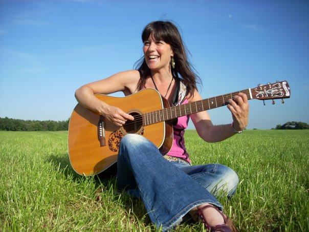 Ingrid Mank (vocal coach, songwriter)